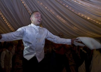 wedding_groom_greek_dance_hankerchief