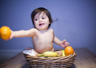 baby_cute_portrait_fruit_bowl_orange