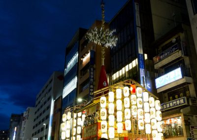 float_tall_gion_matsuri_festival_summer_2012_kyoto_japan