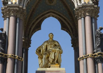 prince_albert_memorial_statue_gold_hyde_park_london_uk