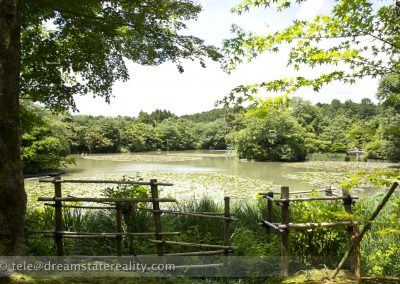 ryoan-ji_zen_garden_temple_lake_kyoto_japan