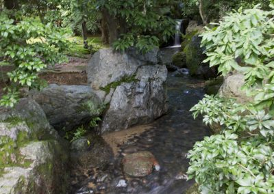 ryoan-ji_zen_garden_temple_stream_slow_exposure_kyoto_japan